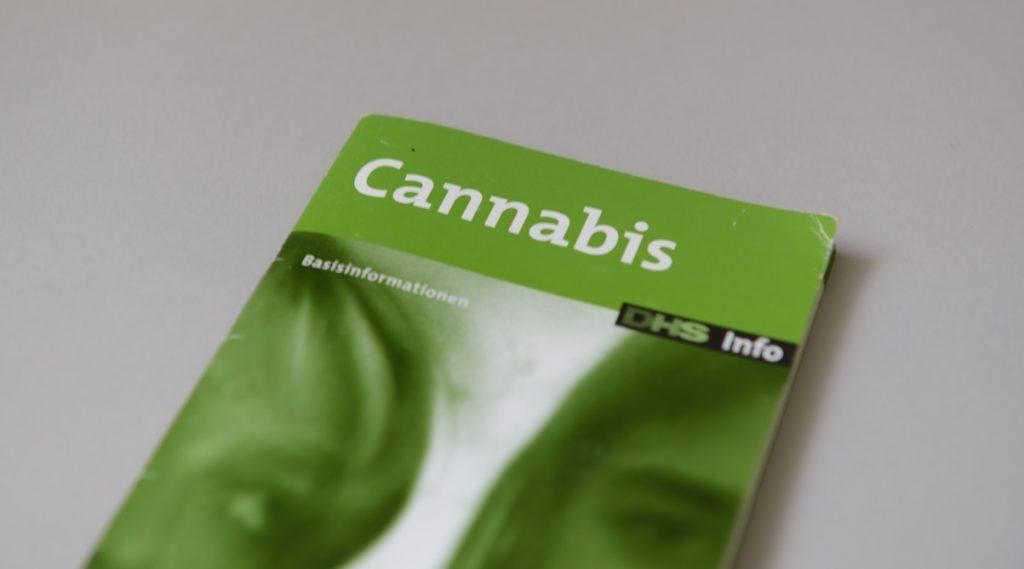 Cannabis Broschüre